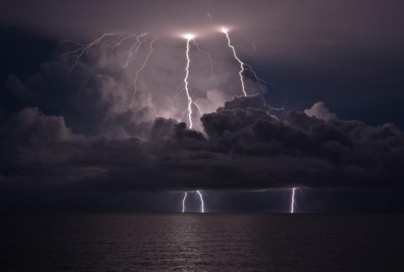 Darwin lightning