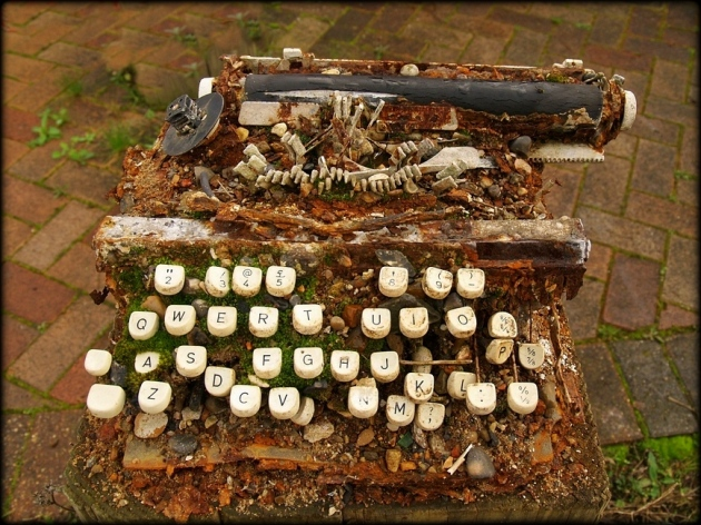 broken typewriter
